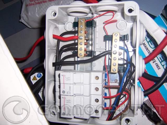 Schema Impianto Elettrico Per Gommone : Rifare l impianto elettrico pag
