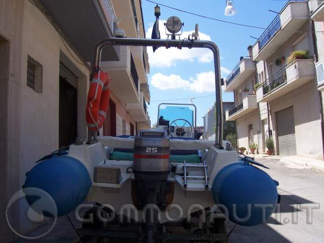 re: Vendo Gommone swell 51 del 95, con Suzuki DF 70del 2008 +carrello