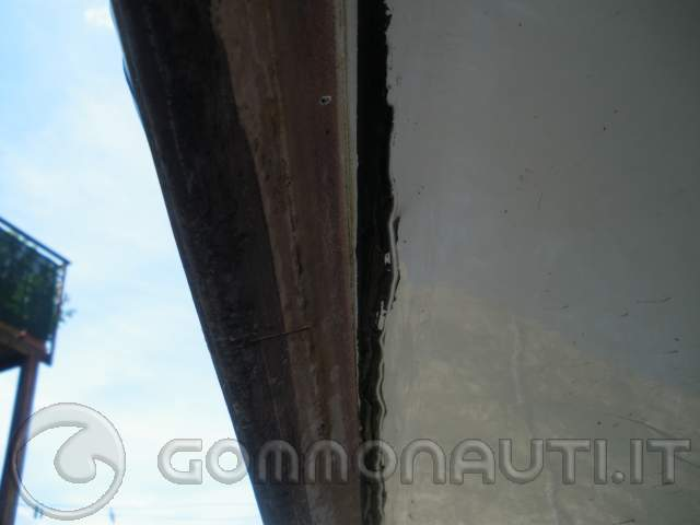 re: Scollaggio - riparazione - incollaggio gommone