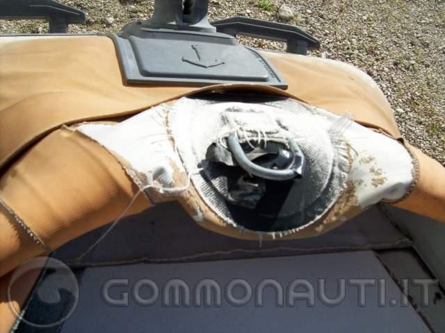 Vendo gommone Bat 460 da riparare �350 eventualmente trattabili