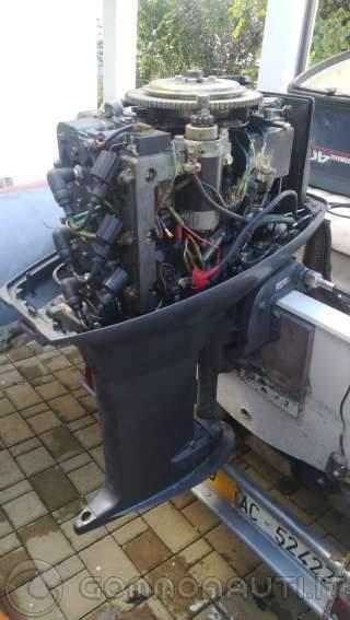 Yamaha 40 CV 3 cyl del 99