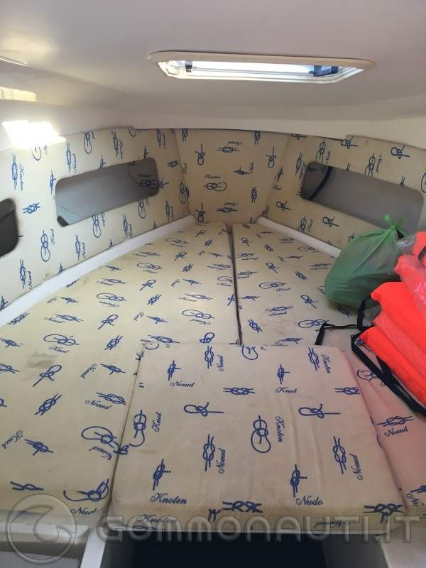 Lamberti yama 19 cabin 6.500€