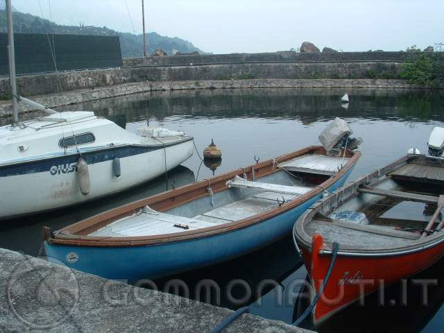 Barca in vetroresina modificare o no for Barca lancia vetroresina