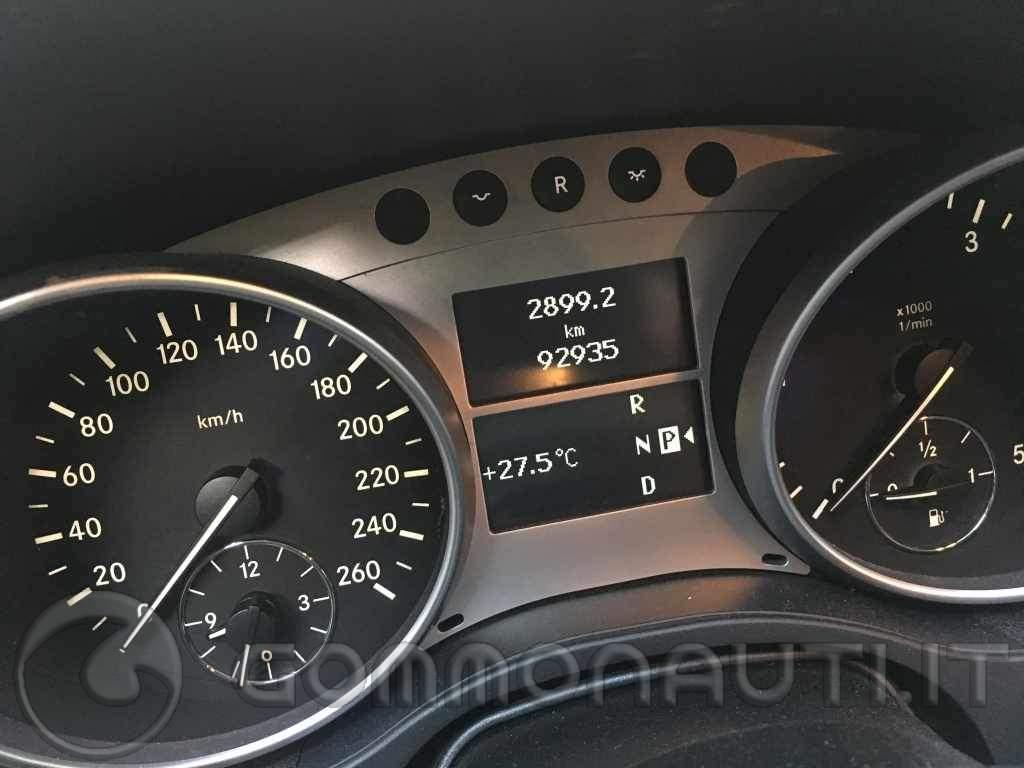 Mercedes ML 320 Sport con gancio traino