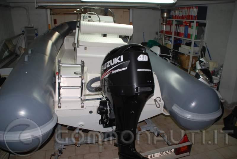 Zodiac 550 pro , suzuki 40/60 ed eventuale carrello Ellebi LBN 520