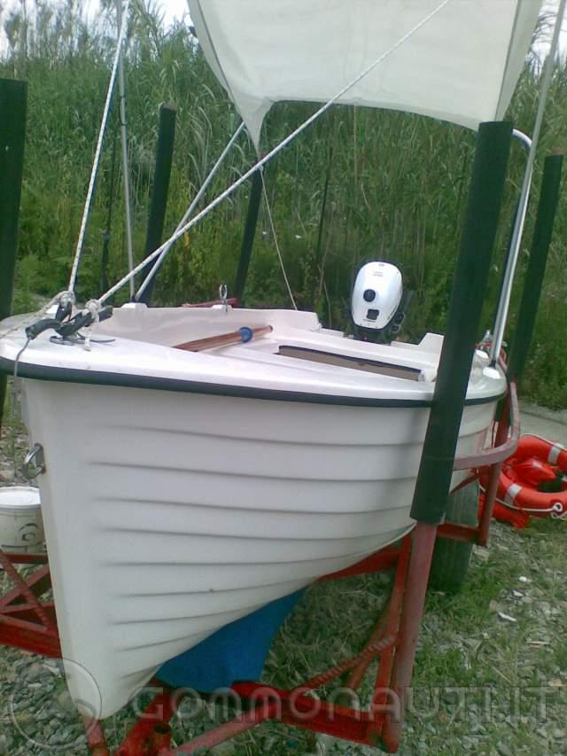 Vendo barca lancia 4 metri con carrello motore for Barca lancia vetroresina