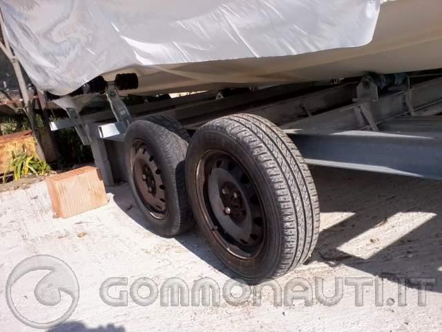 Quanto costa un carrello per barca da 6mt autocostruito for Quanto costa macchina da cucire