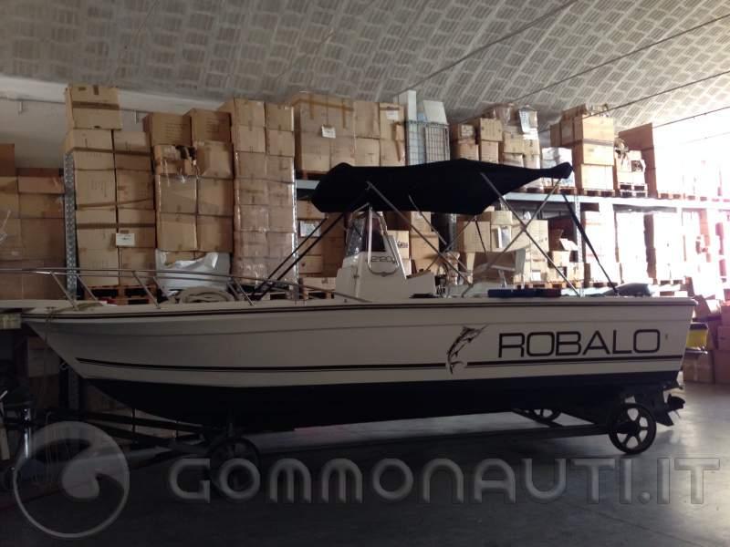 vi presento il nuovo arrivato Robalo 2120 CC