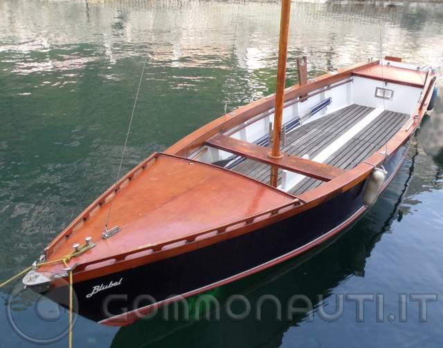 Lancia a vela for Barca lancia vetroresina