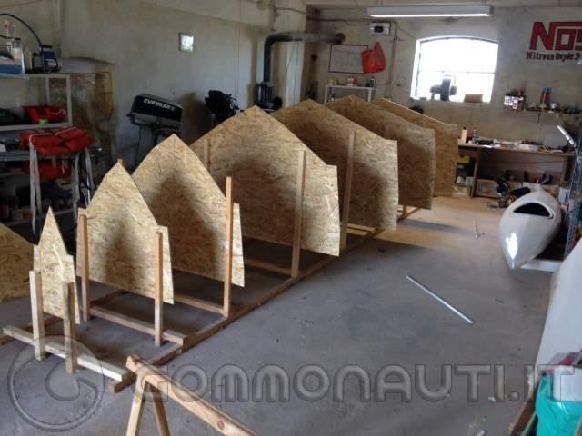 Autocostruzione progetto tender 20 maumarti for Costruire uno scuro in legno