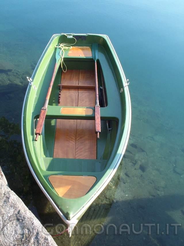 Barca a remi gobbi for Barchetta da pesca