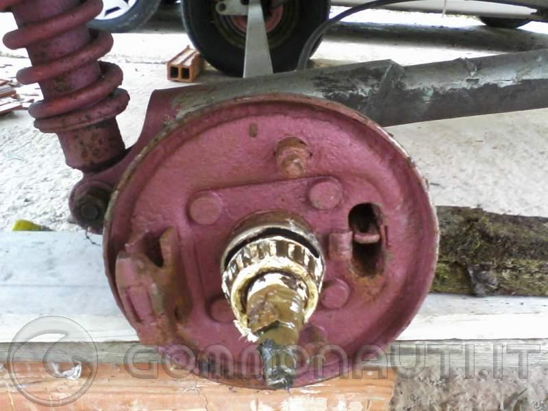 re: [Carrello Ellebi LBN 14A LBN 476] problemi impianto frenante
