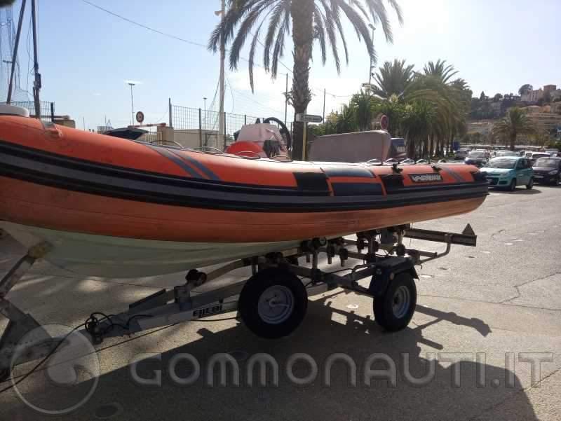 Vendo gommone solemar  offshore B44  motore Yamaha 40 cv 4 tempi con o senza  carrello