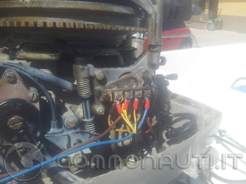 Schema Elettrico Evinrude 521 : Collegamento elettrico manetta con chiave a johnson