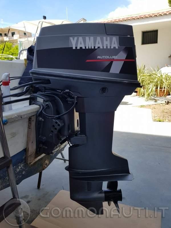 Yamaha top 700