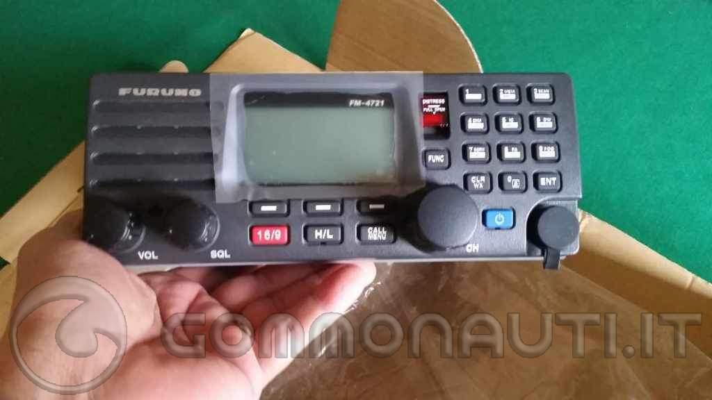 Vendo VHF Furuno FM4721 con doppia cornetta HS-4721