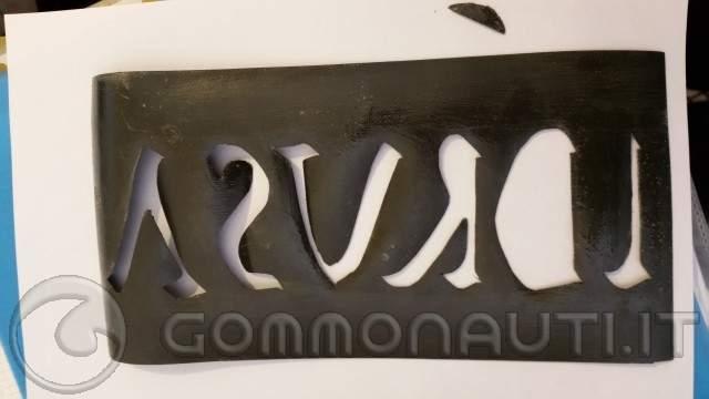 [GUIDA] Realizzazione del nome del gommone con neoprene/hypalon