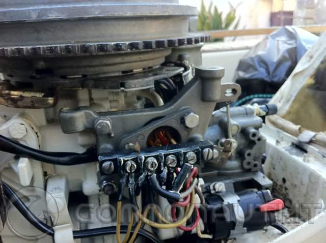 Schema Elettrico Johnson : Caricare la batteria da un evinrude cv pag