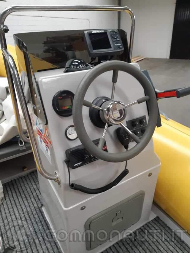 Gommone Master 520 - Yamaha 90cv aetol 2t - Carrello ellebi LBN520 750kg