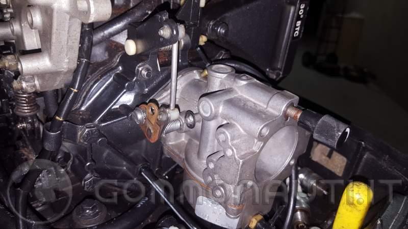 re: Regolazione farfalla Johnson 521 GT 25 dell'88