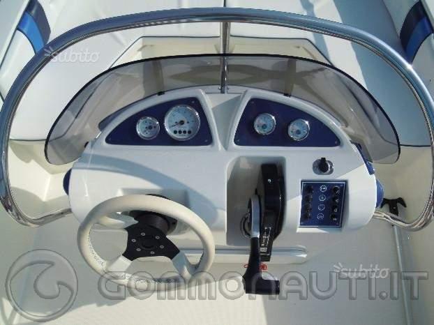 Vendo open Prua al Vento, mod. Jaguar 5.4 con Suzuki 4 tempi 40cv ancora in garanzia
