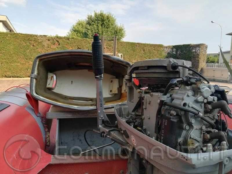 re: Vendo Marshall M60 con Evinrude 25 HP