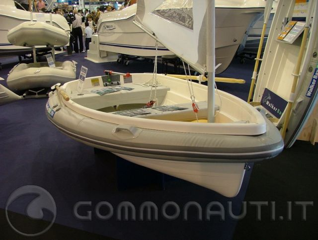 Gommone tutto in vetroresina rigida pag 4 for Salon nautique barcelone